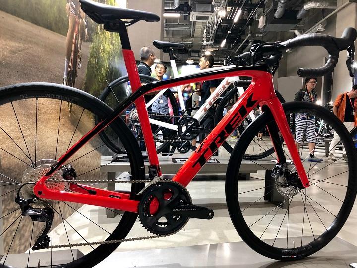 【2020年モデル】新型DOMANE SLはここが凄い!安定感のDOMANEが快適かつ史上最速エンデュランスバイクに。試乗車アリ