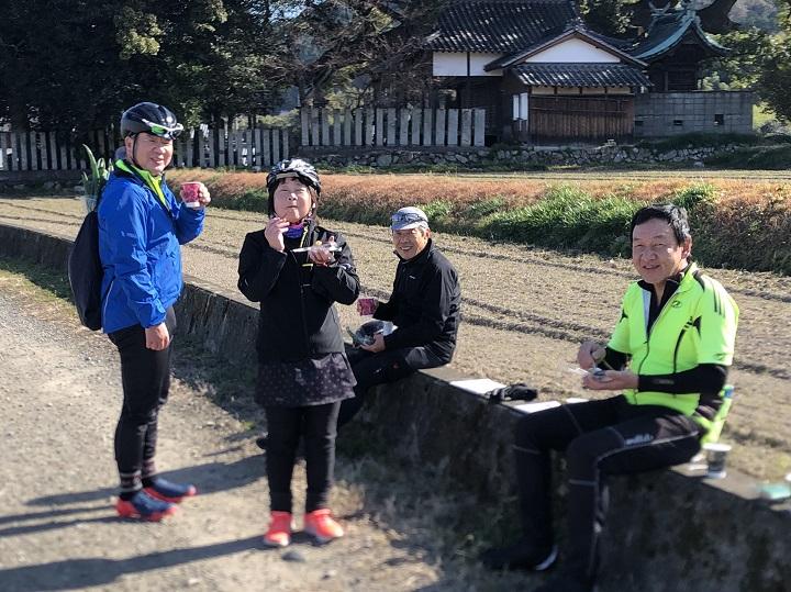 """【Gentle Ride】1/18レポ・暖かいライド日和。周桑平野の景色と""""うどんYA""""さん、そして""""よしの餅のおはぎ""""に癒されました♪"""